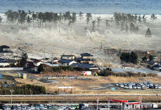 march 2011 tsunami in japan. march 2011 tsunami japan.